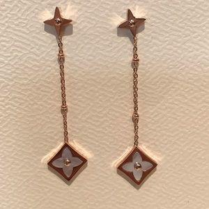 Jewelry - Trendy Rose Gold Clover Dangle Earrings